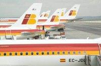 Пилоты развернули самолет из-за голого пассажира
