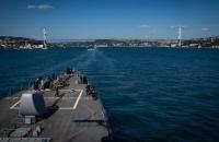 В воды Черного моря пошел американский эсминец USS Carney