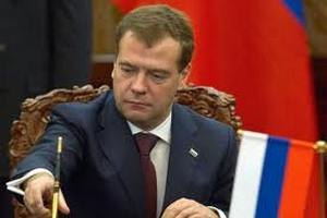 Медведєв побажав Путіну успіхів