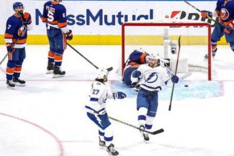 У фіналі конференції НХЛ закинули три шайби за 27 секунд