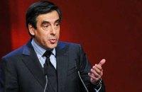 Экс-премьер Франции Фийон лежит в больнице в Риме со сломанной ногой