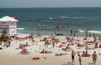 В Одессе рекомендуют не купаться в море из-за аномального развития водорослей