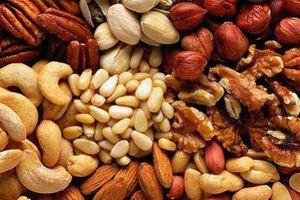 Орехи помогут диабетикам снизить уровень сахара в крови, - исследователи