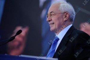 Азаров хочет обложить богатых налогом в 40%