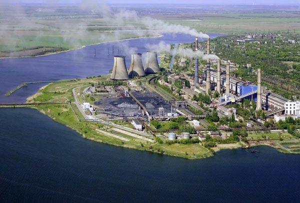Так выглядит Старобешевская ТЭС (входит в Донбассэнерго) с высоты птичьего полета