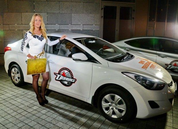 Ольга Харлан і її нове авто