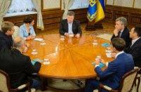 Порошенко: финансироваться будут только те районы Донбасса, где поднимут украинский флаг