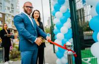 """Представники групи компаній DIM відкрили футбольно-баскетбольний майданчик біля ЖК """"Метрополіс"""" в Голосіївському районі"""