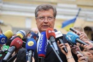 Грищенко: за два года 19 стран упростили визовый режим с Украиной