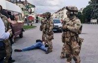 У Луцьку затримали терориста і звільнили 13 заручників
