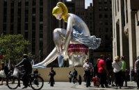 Нова скульптура Джеффа Кунса в Нью-Йорку може бути плагіатом статуетки української художниці