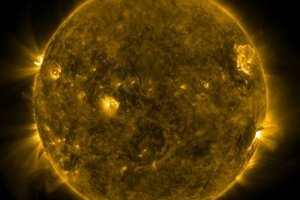 Незворушно сферичне Сонце спантеличило вчених