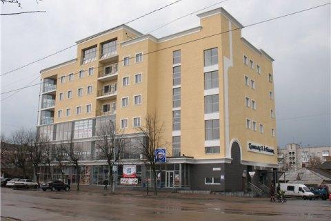 З торгового центру в Бердичеві евакуювали 350 осіб через задимлення