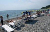 В Сочи на пляжах запретили купаться ночью (обновлено)