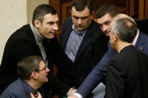 Кличко поскаржився, що Янукович не веде переговорів з опозицією