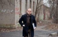 Власенко в колонии заперли от журналистов