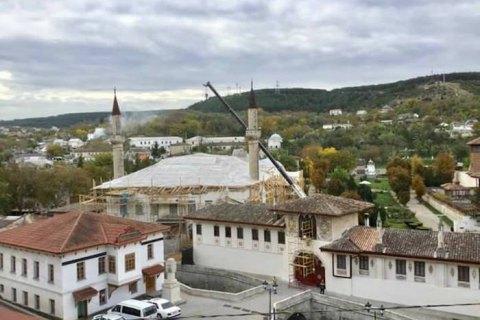 Украина обратилась к ЮНЕСКО из-за повреждений Ханского дворца в оккупированном Бахчисарае