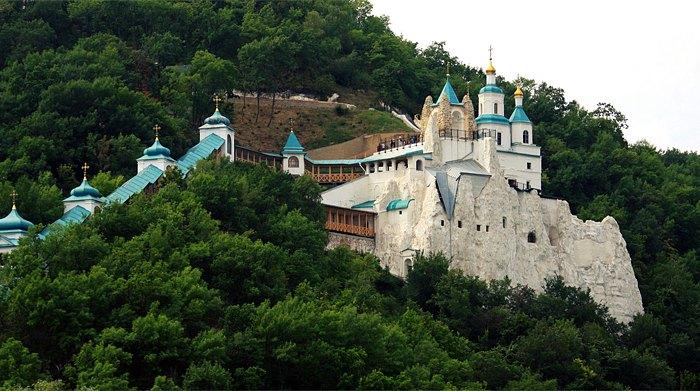 Святогірська лавра в Донецькій області
