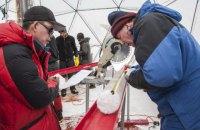 У тибетському льодовику знайшли невідомі віруси віком 15 тисяч років