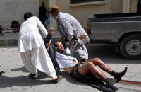 Террорист-смертник подорвался в пакистанской мечети: 16 жертв