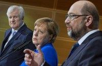 Менее трети немцев довольны новым правительством Меркель