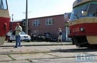Четверо людей постраждали під час зіткнення трамваїв у Києві