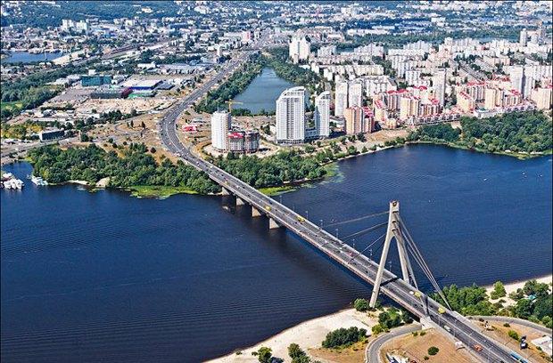 Московский проспект в Киеве, переименованный в Степана Бандеры