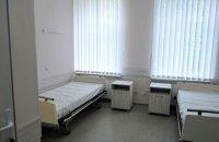 У Коростишеві госпіталізували двох осіб, які контактували з померлою від коронавірусу жінкою
