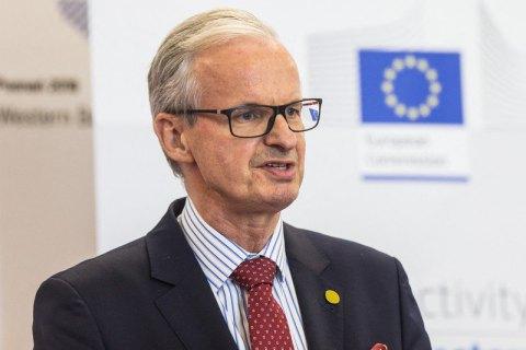 Евросоюз отправит в Грузию посредника для переговоров между властью и оппозицией