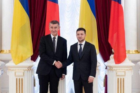 Бабіш підтвердив Зеленському офіційну позицію Чехії щодо Криму