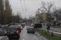 Двойное ДТП остановило движение трамваев в Киеве