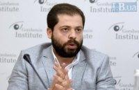 Первые указы президента вызывают много контраверсийных вопросов, - юрист Михаил Лев