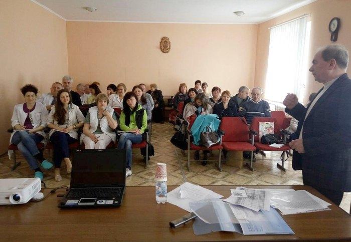 Цикл підвищення кваліфікації для лікарів акушерів-гінекологів Дніпропетровської області, квітень 2017.