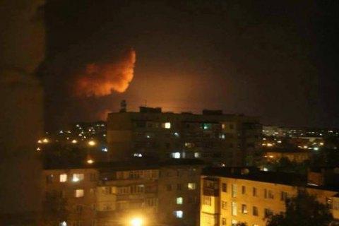 Не менее 22 тысяч человек эвакуировали из-за пожара на складе боеприпасов в Калиновке