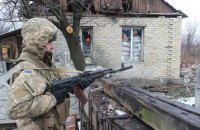 Одного військового поранено у вівторок на Донбасі