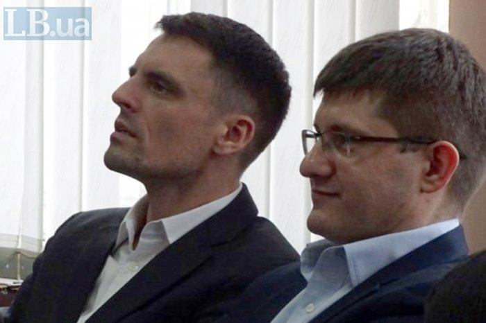 Прокурори Валентин Мусіяка та Максим Кравченко (зліва направо)