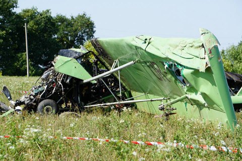 Пілот літака, що розбився в Харківській області, помер у лікарні