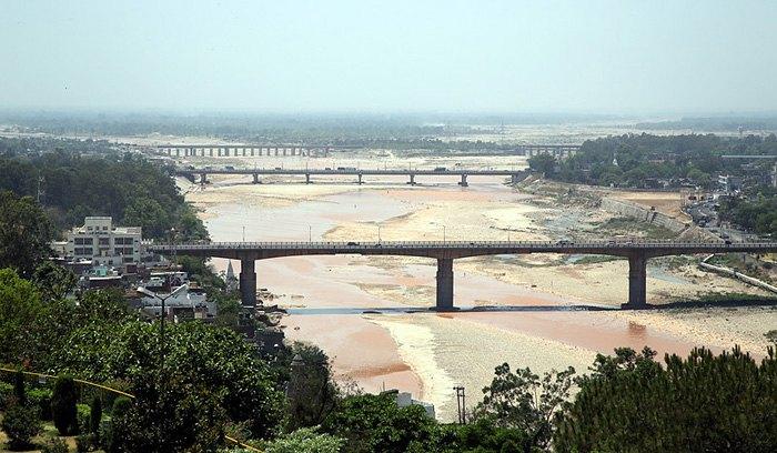 Река Рави в засушливый период, Джамму и Кашмир, Индия