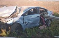 На трассе Киев-Одесса автомобиль попал в ДТП из-за собаки, один погибший, 4 раненых