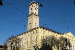 Власти расследуют причины неприятного запаха во Львове