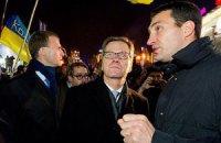 Кличко-молодший попросив західні країни не залишати українців самих