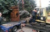 """У Маріуполі демонтували пам'ятник Орджонікідзе біля воріт """"Азовсталі"""""""