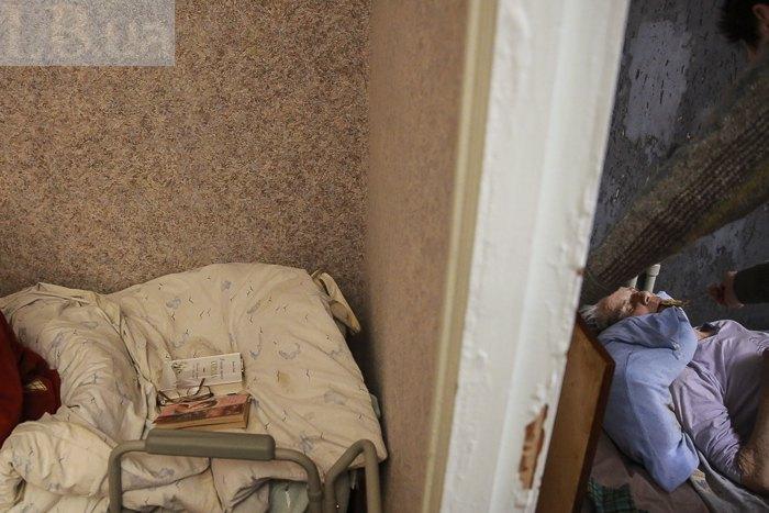 Дом престарелых в алчевске косино частный дом москва