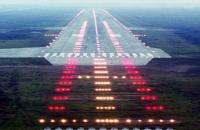 """Гройсман запропонував зробити """"Гостомель"""" аеропортом для лоукостерів"""