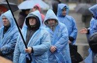 На Майдане затишье, в лагере около 100 человек