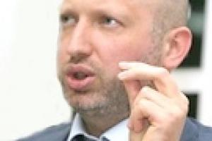 """Турчинов не хочет говорить о """"второй волне"""" кризиса"""