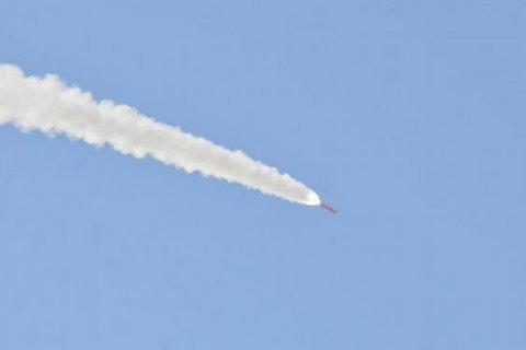 ХАМАС у ніч на неділю випустив шквал ракет по Ізраїлю