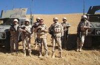 Порошенко отправил 30 военных в Афганистан