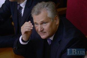 Квасневский прогнозирует политический кризис в Украине из-за Януковича