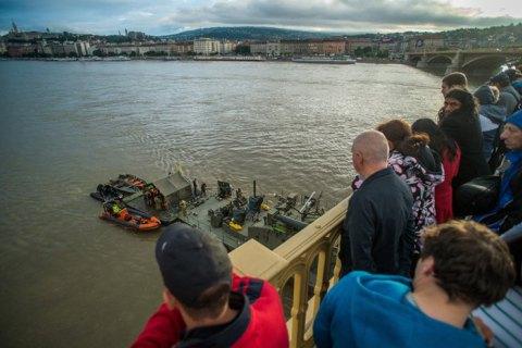 В Венгрии повторно арестовали украинского капитана теплохода, сбившего катер на Дунае